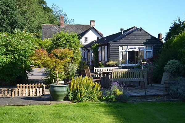 Dog Friendly Cottages In Salisbury Wiltshire